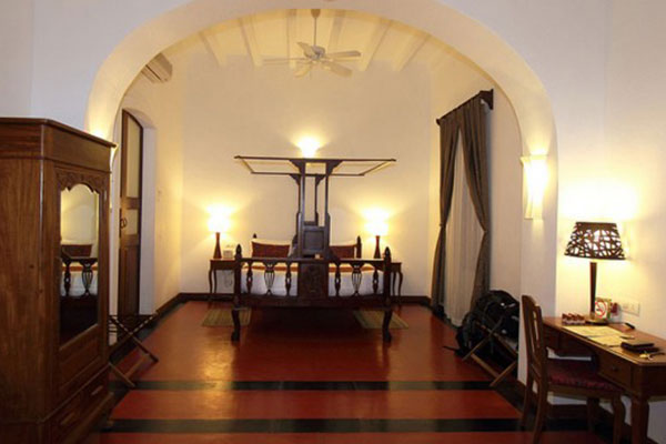 Palais_de_Mahe___Bedroom
